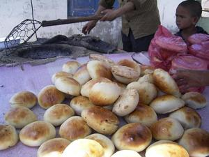 Gosh_kide_bread_filled_with_lamb